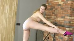 Pregnant And Working Out Completely Naked!