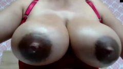 Latina Enormous Milky Nipps