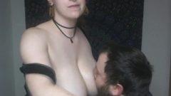 Leaking Breastfeeding – Engorfedtits